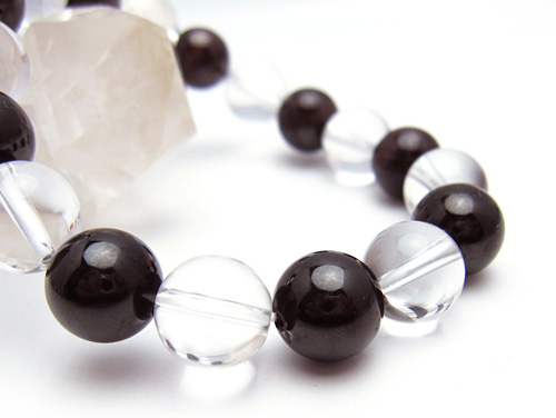 パワーストーンブレスレット ガーネットAAA(1月誕生日石)10ミリ クリスタル(水晶)AAAAA最高品質(4月誕生日石)10ミリ 金運・開運 [サイズ選べる][日本製][送料無料] (10561)
