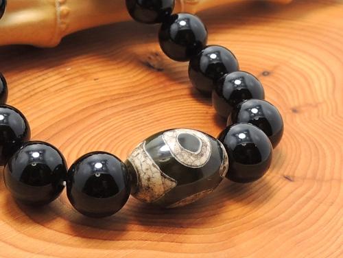 エスニックブレスレット・アジアンパワーストーン(メンズ) チベット天珠(三眼)AAAAナツメ玉16ミリ オニキスAAAAA最高品質(8月誕生石)10ミリ 金運・魔除・厄除 [サイズ選べる][日本製][送料無料] (11148)