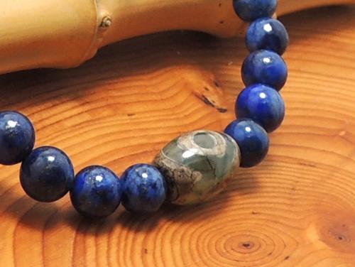 エスニックブレスレット・アジアンパワーストーン チベット天珠(三眼)AAAAナツメ玉12ミリ ラピスラズリAAAA(9月誕生日石)6ミリ 金運・開運 [サイズ選べる][日本製][送料無料] (11155)