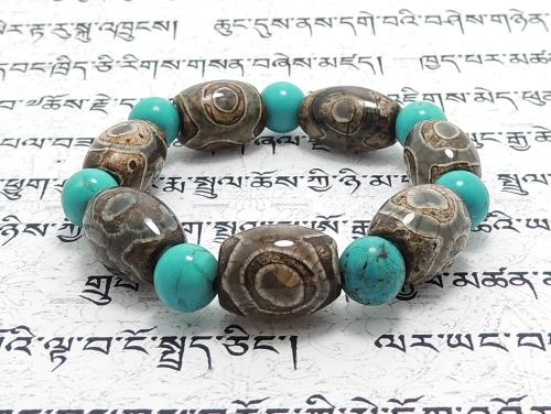 エスニックブレスレット・アジアンパワーストーン チベット天珠(三眼)AAAAナツメ玉14ミリ ハウライトターコイズ(ブルー)AAAA8ミリ 金運・魔除・厄除 [サイズ選べる][日本製][送料無料] (11185)