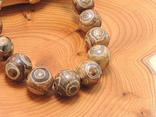 エスニックブレスレット・アジアンパワーストーン(メンズ) チベット天珠(三眼)AAAAA最高品質10ミリ 金運 ワンカラーブレス [サイズ選べる][日本製][送料無料] (11221)
