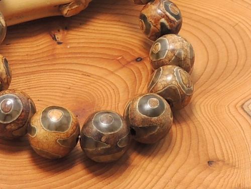エスニックブレスレット・アジアンパワーストーン(メンズ) チベット天珠(三眼)AAAA12ミリ 金運 ワンカラーブレス [サイズ選べる][日本製][送料無料] (11222)